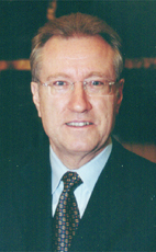 Photo - Hon. Art Eggleton - Click to open the Member of Parliament profile
