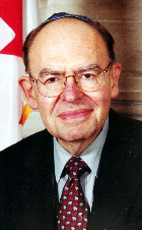 Photo - Rt. Hon Herb Gray - Click to open the Member of Parliament profile