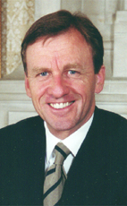 Photo - Hon. Allan Rock - Click to open the Member of Parliament profile