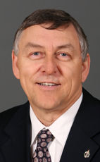 Photo - Jim Maloway - Click to open the Member of Parliament profile