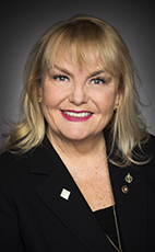 Photo - L'hon. Kerry-Lynne Findlay