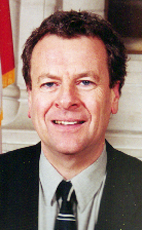 Photo - The Honourable Lorne Nystrom - Click to open the Member of Parliament profile