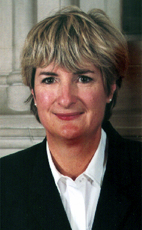 Photo - L'hon. Hélène Scherrer