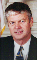 Photo - The Honourable Lyle Vanclief - Click to open the Member of Parliament profile