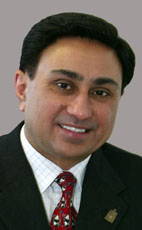 Photo - Gurmant Grewal - Click to open the Member of Parliament profile