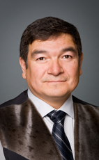 Photo - The Honourable Peter Penashue - Click to open the Member of Parliament profile